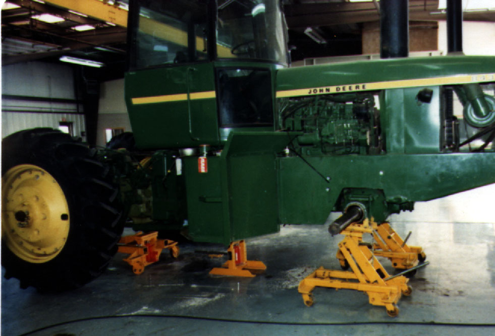 Tractor Splitting Stands For Tractors : Sample page of photos on heavy duty shop equipment