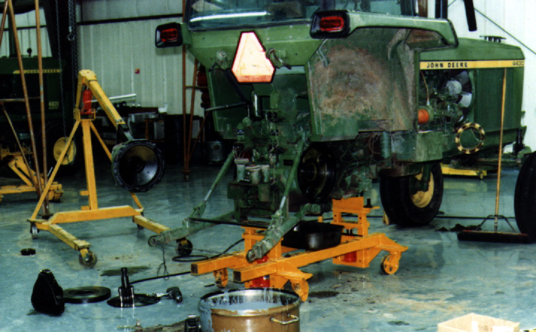 Tractor Splitting Tools : Sample page of photos on heavy duty shop equipment